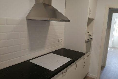 alquiler-de-piso-cerca-de-la-glorieta-cocina 2