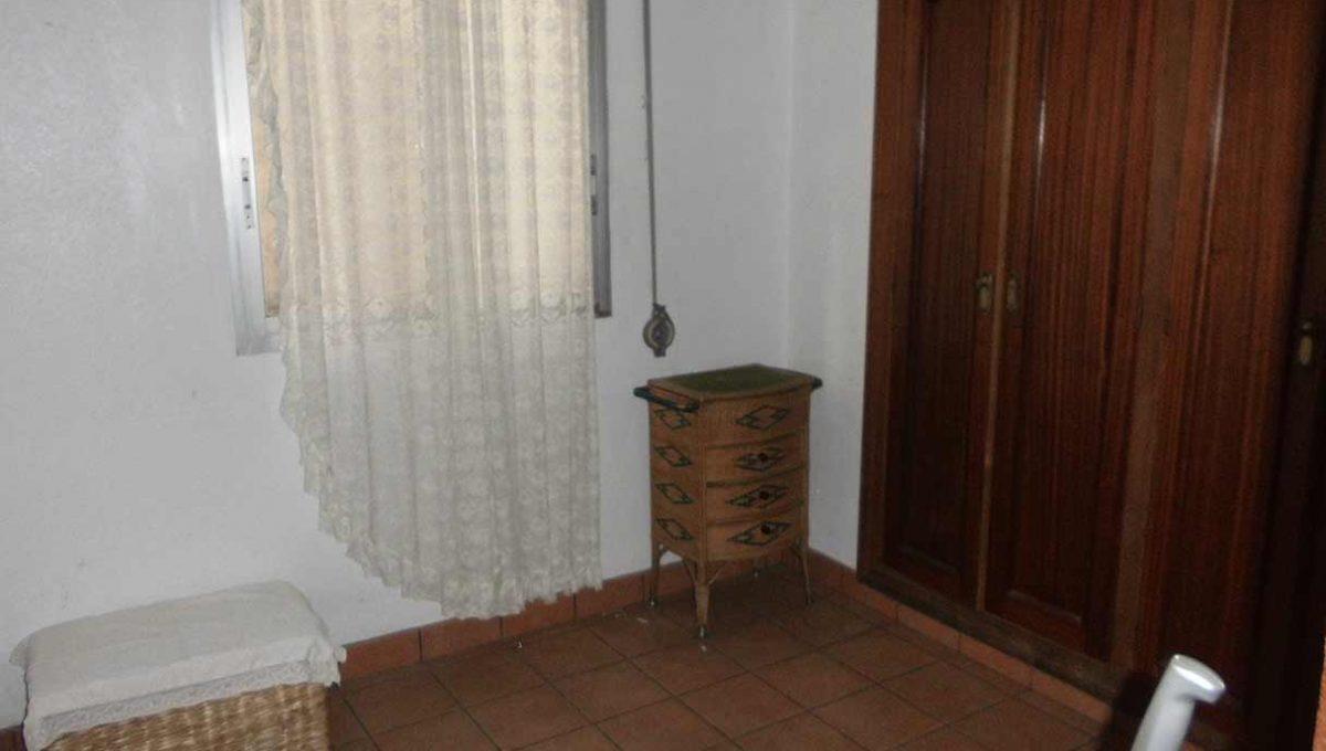 acogedor_piso_clasico_en_oliver-dormitorio