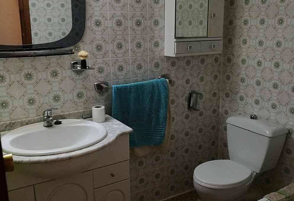 agradable_y_bonito_piso_en_oliver-banyo