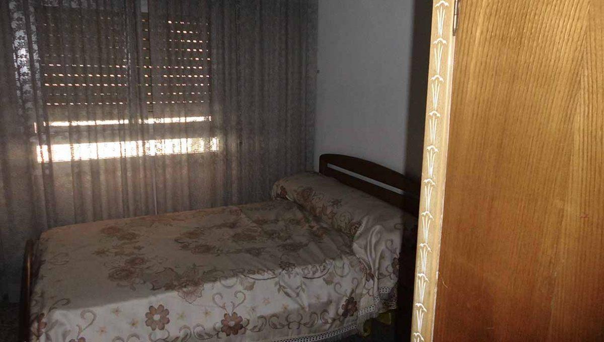 espacioso piso clasico en romeral-dormitorio2