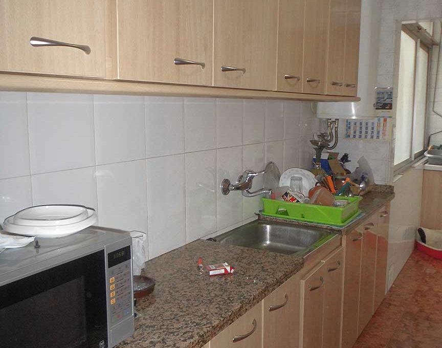 hermoso piso semireformado en Santa Rosa-cocina2