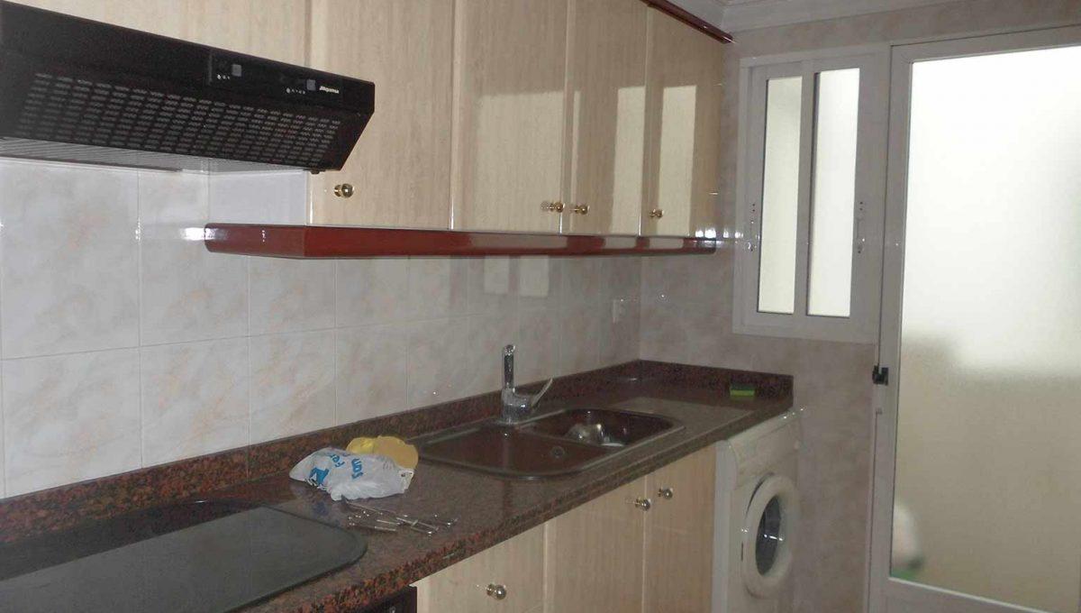 piso_de_estilo_clasico_con_galeria-cocina