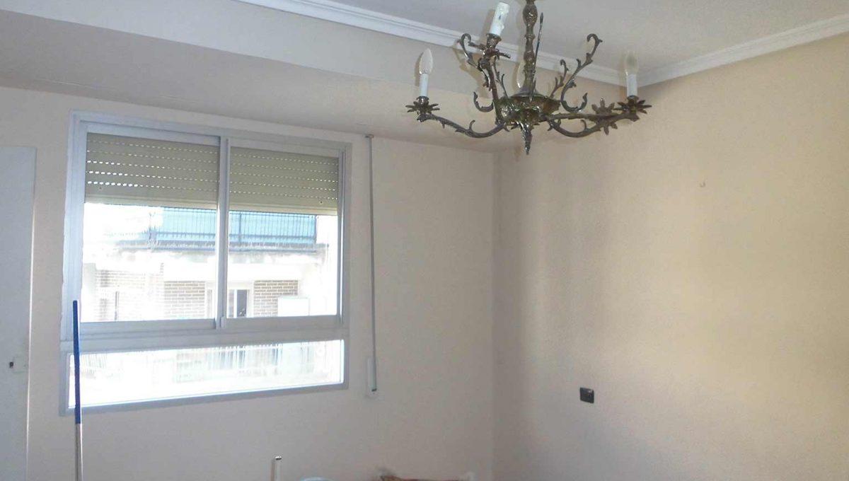 piso_de_estilo_clasico_con_galeria-habitacion