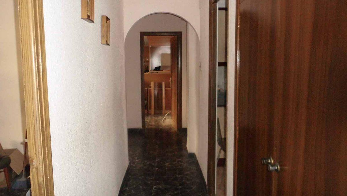 piso_de_estilo_clasico_con_galeria-pasillo2