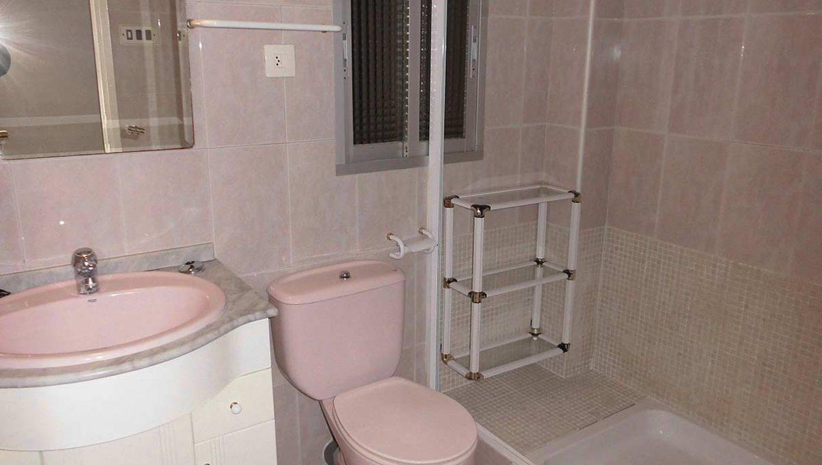 precioso_piso_centrico_para_amueblar-banyo