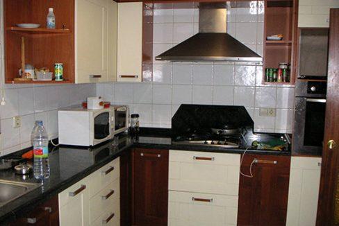 Confortable ático semireformado en Santa rosa-cocina