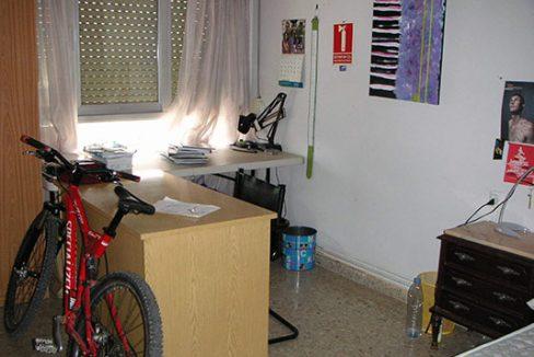 Confortable ático semireformado en Santa rosa-despacho