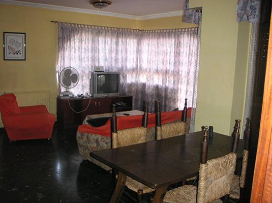Confortable ático semireformado en Santa rosa-salon