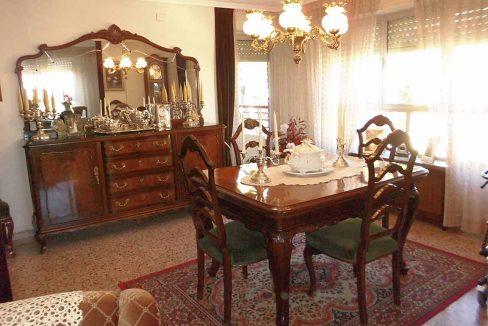 Enorme piso clásico en zona Oliver-salon