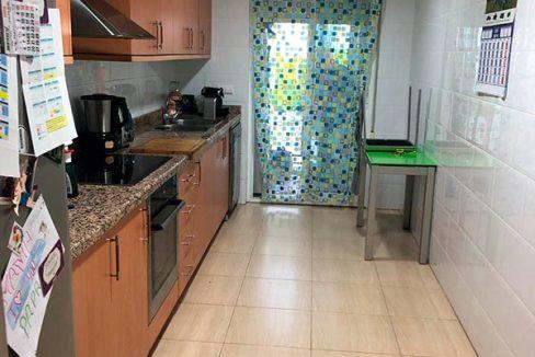 Hermoso piso moderno con asombrosas vistas-cocina