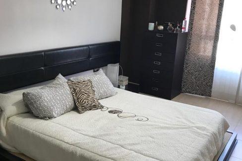 Hermoso piso moderno con asombrosas vistas-dormitorio2