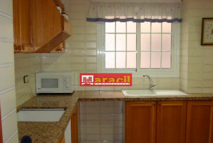 Luminoso piso para amueblar en Alcoy-cocina2