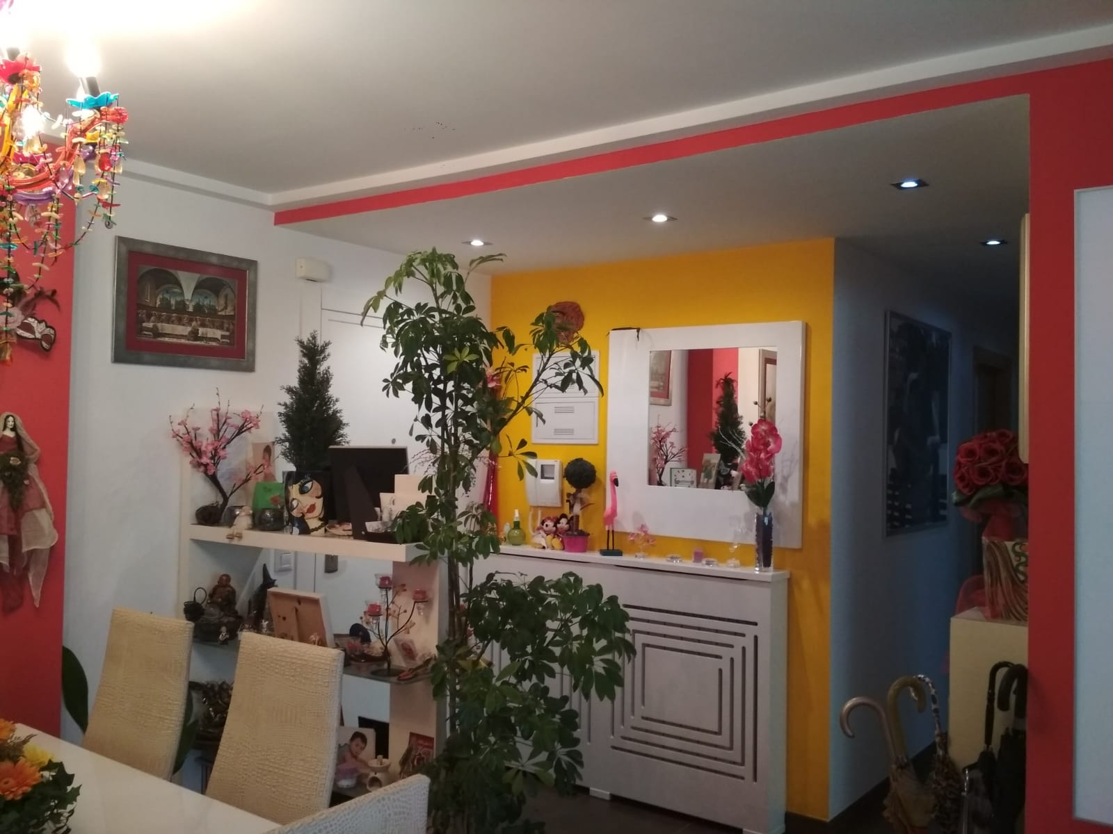 Soleado y confortable piso con balconcito en Santa rosa