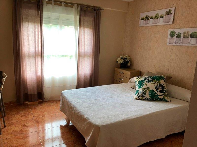acogedor y hermoso bajo totalmente reformado-dormitorio