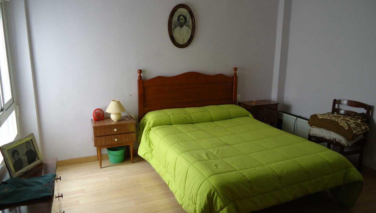 amplio piso totalmente reformado en Santa rosa-dormitorio