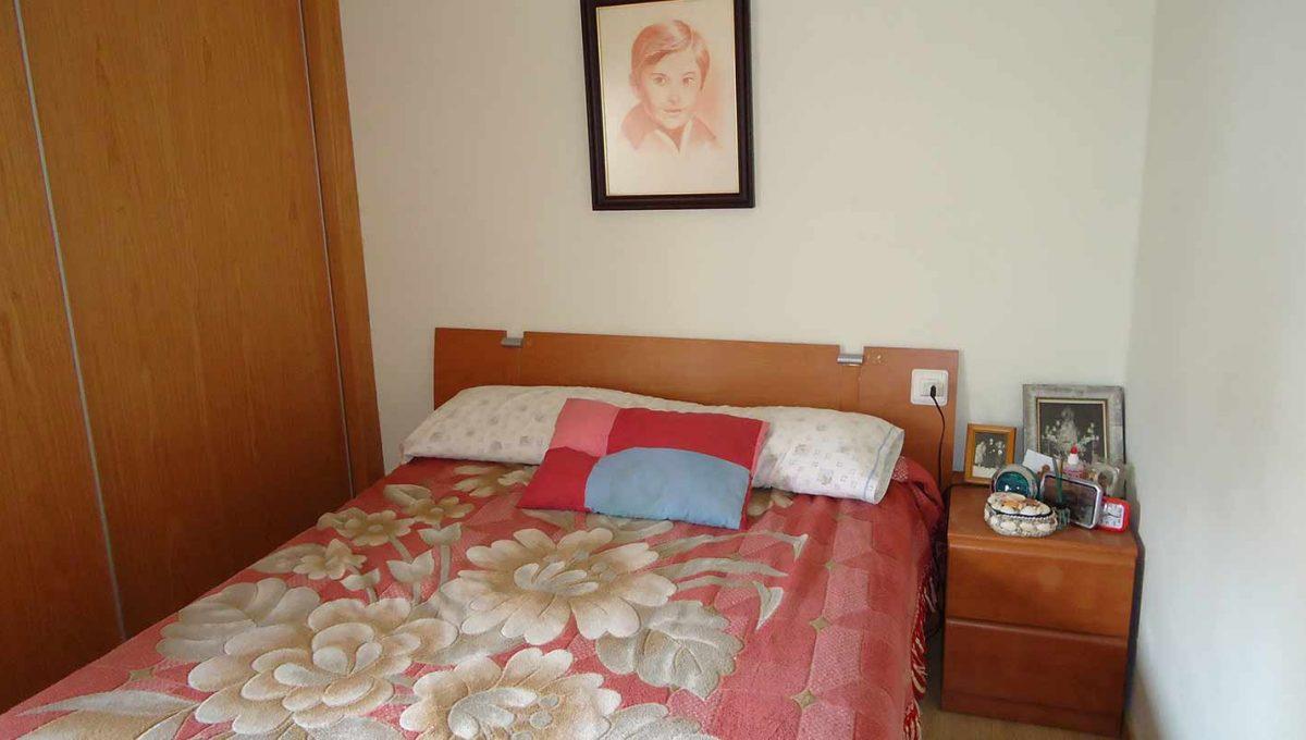 amplio piso totalmente reformado en Santa rosa-dormitorio4