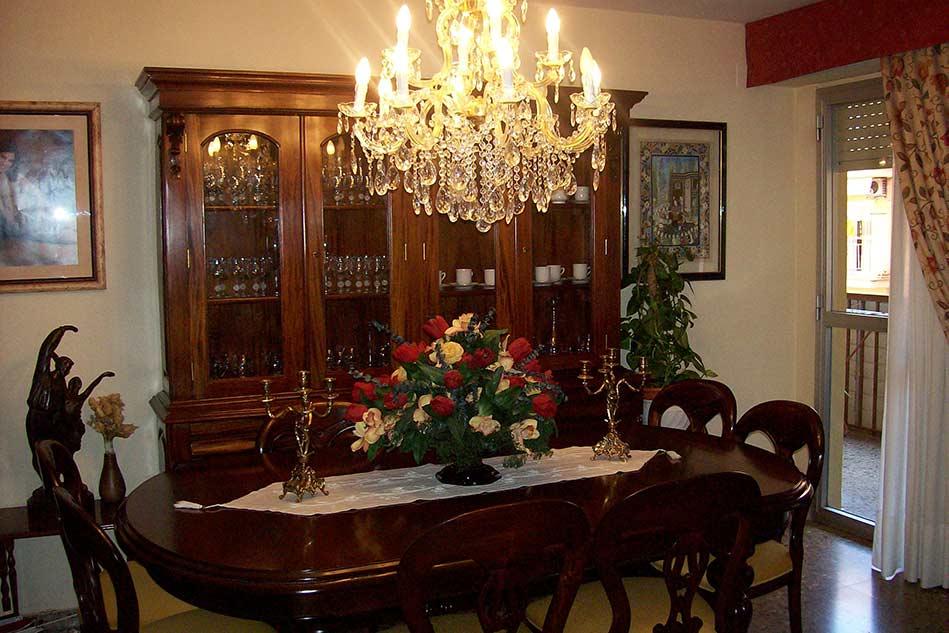 clasico piso con ubicacion inmejorable en santa rosa-comedor