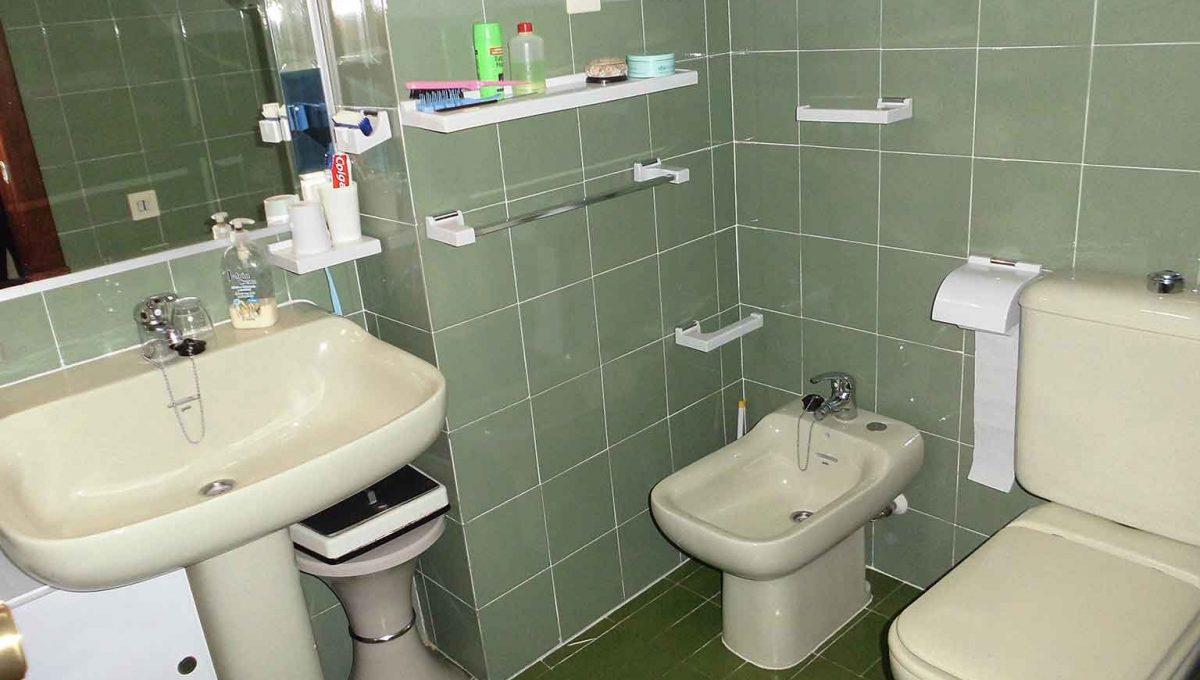 genial piso clásico con buena orientacion-banyo