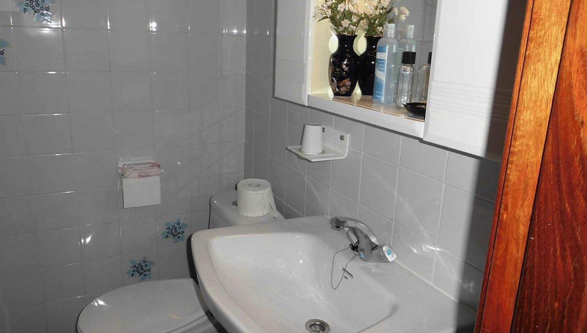 genial piso clásico con buena orientacion-banyo2