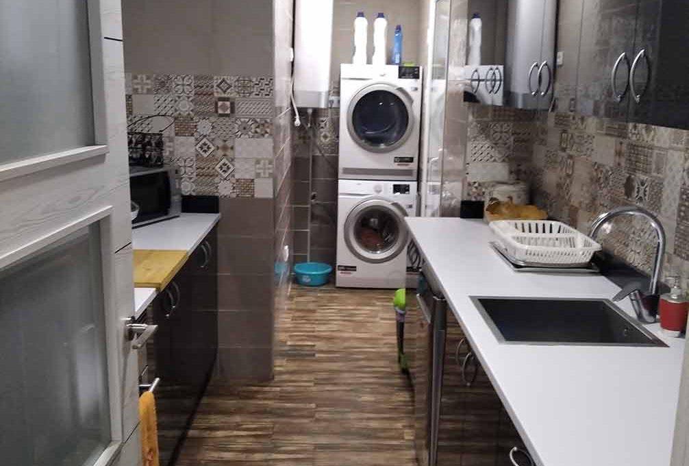 moderno piso totalmente reformado en Santa rosa-cocina