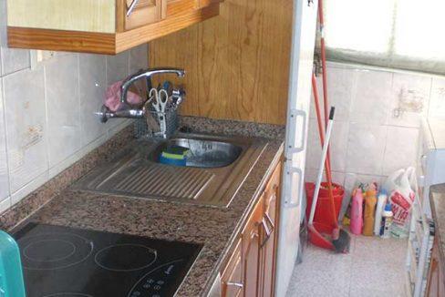 Acogedor piso con aire acondicionado para entrar a vivir-cocina
