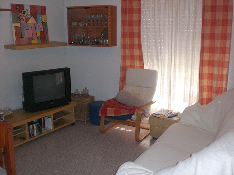 Acogedor piso con aire acondicionado para entrar a vivir-salon