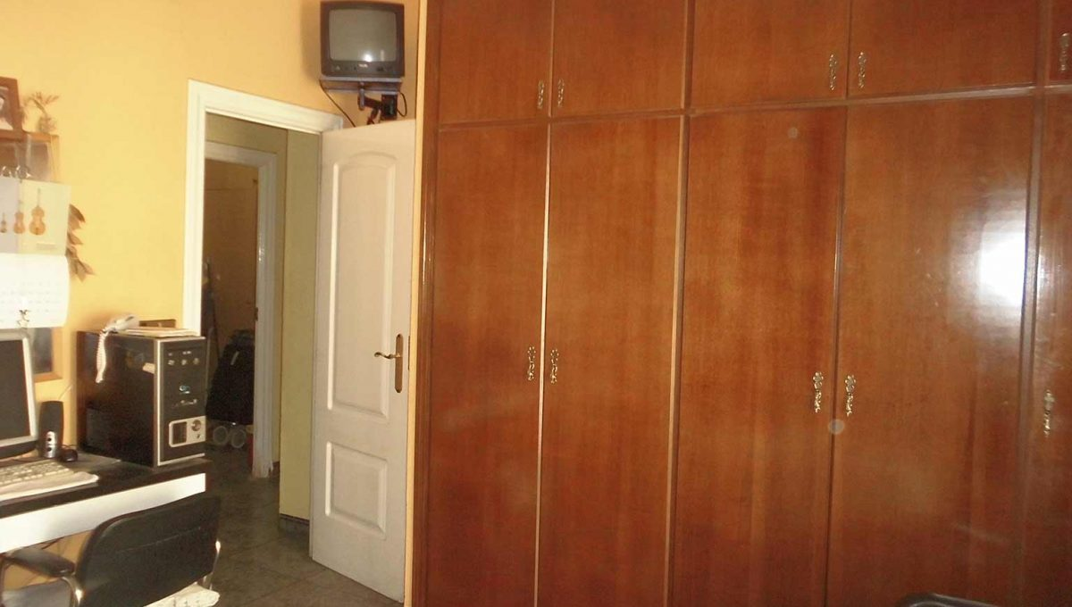 Acogedor piso que hace chaflán en zona Ensanche-dormitorio4