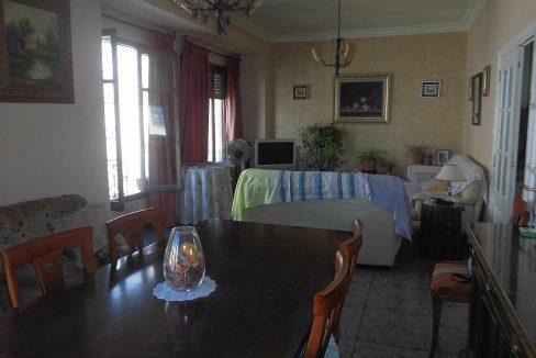 Acogedor piso que hace chaflán en zona Ensanche-salon