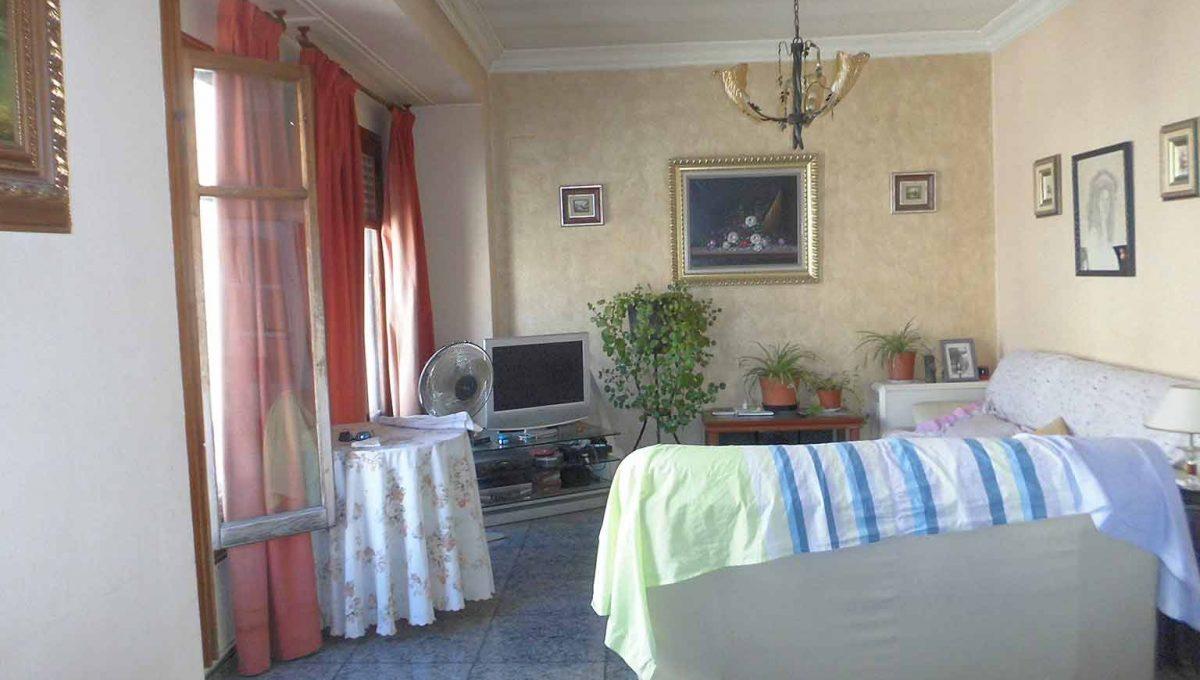 Acogedor piso que hace chaflán en zona Ensanche-salon2