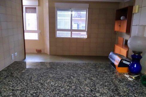 Céntrico-piso-con-buenas-vistas-a-amueblar-cocina2