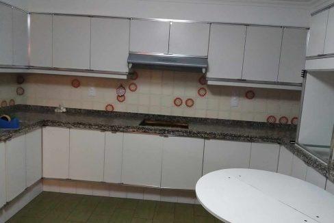 Céntrico-piso-con-buenas-vistas-a-amueblar-cocina3