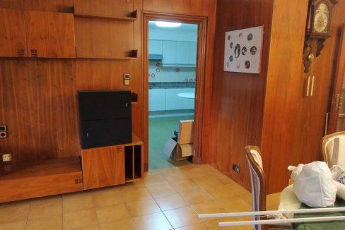 Céntrico-piso-con-buenas-vistas-a-amueblar-salon2