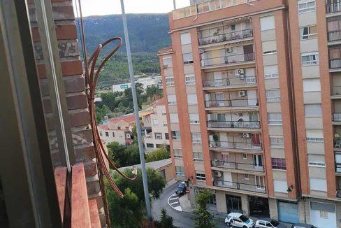 Céntrico-piso-con-buenas-vistas-a-amueblar-vistas2