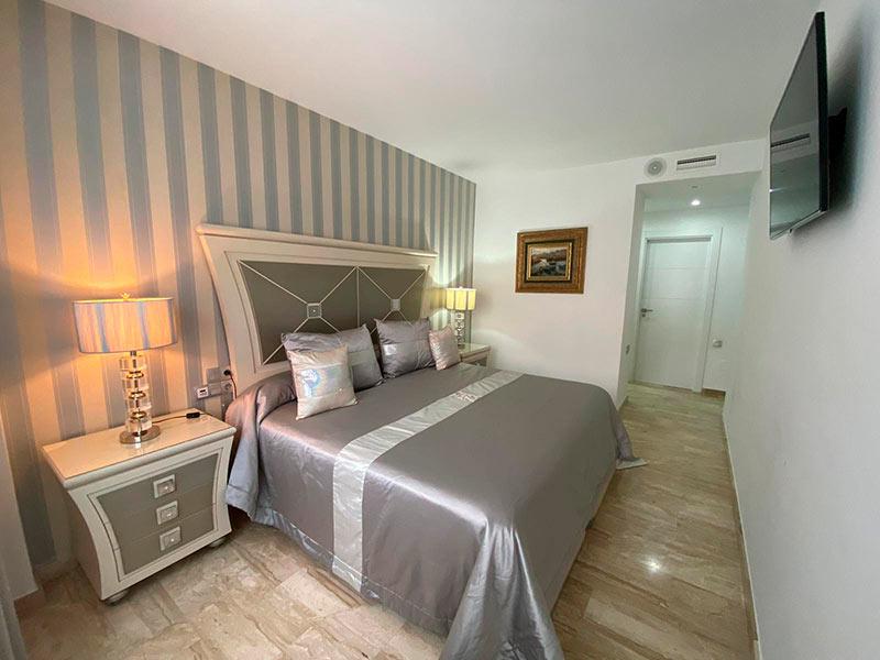 Moderno y luminoso piso lujoso en Ensanche-dormitorio2
