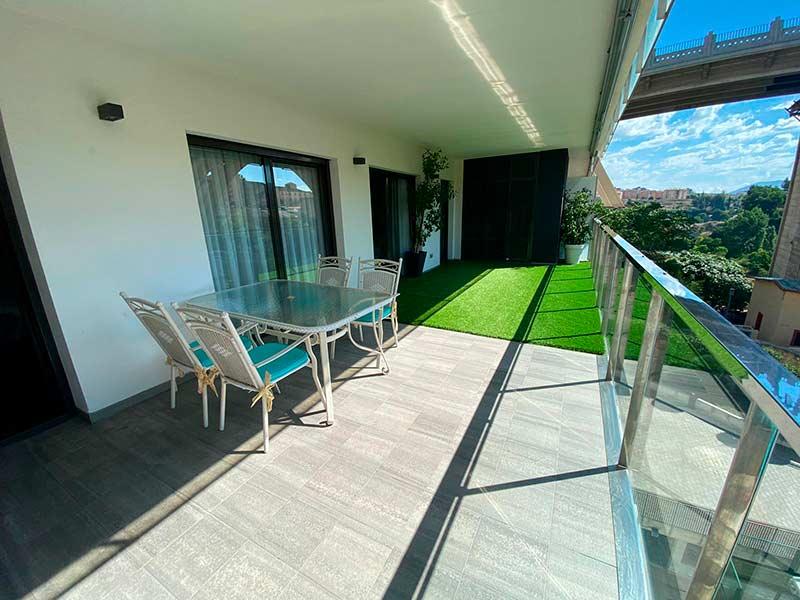 Moderno y luminoso piso lujoso en Ensanche-terraza