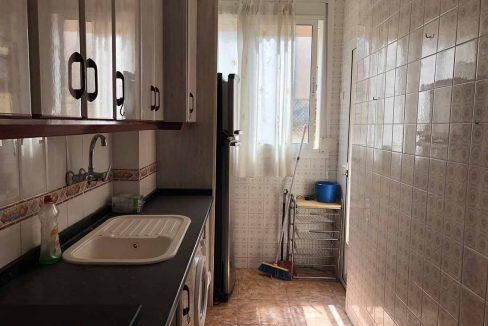 semisótano con terraza en Ensanche-cocina2