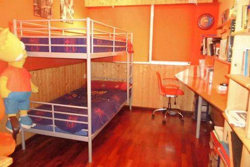 Amplio piso con terraza y balcón exterior en Santa Rosa-dormitorio