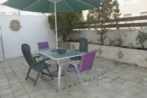 Amplio piso con terraza y balcón exterior en Santa Rosa-terraza