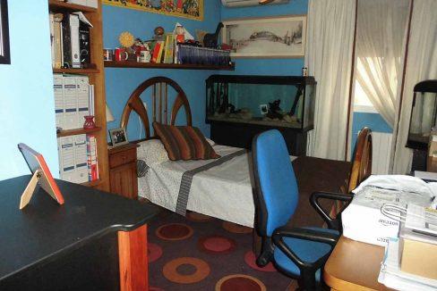 Clásico piso en venta con armarios empotrados-dormitorio3