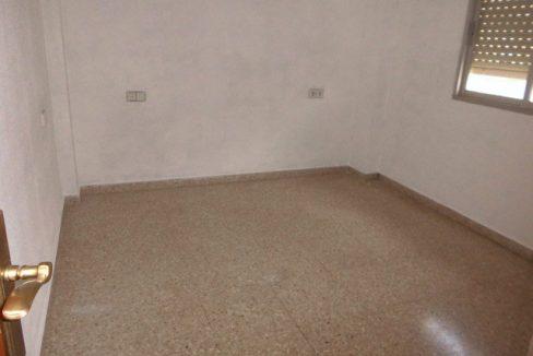 Luminoso piso para amueblar en Santa Rosa-habitacion