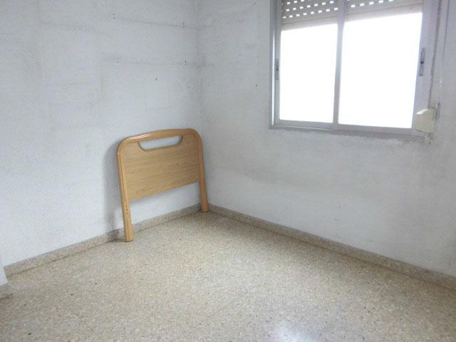 Luminoso piso para amueblar en Santa Rosa-habitacion2