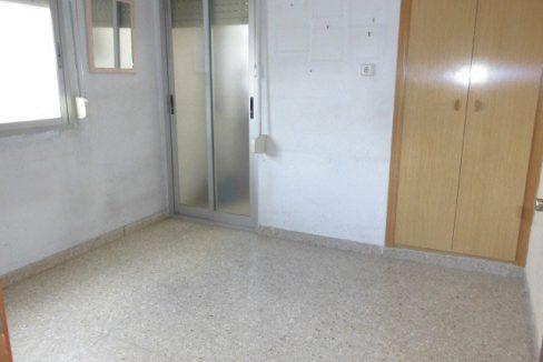 Luminoso piso para amueblar en Santa Rosa-habitacion3