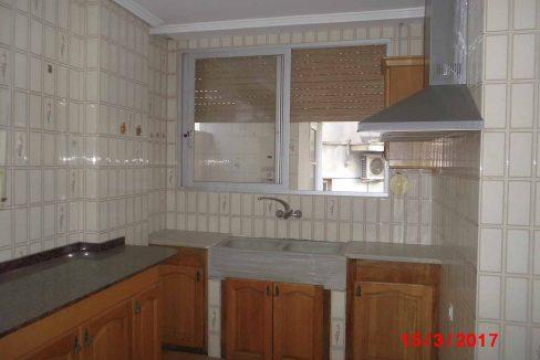 Amplio local con piso y terraza ubicado en Santa rosa-cocina