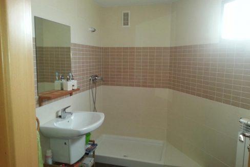 Céntrico piso en santa rosa con trastero y garaje-banyo