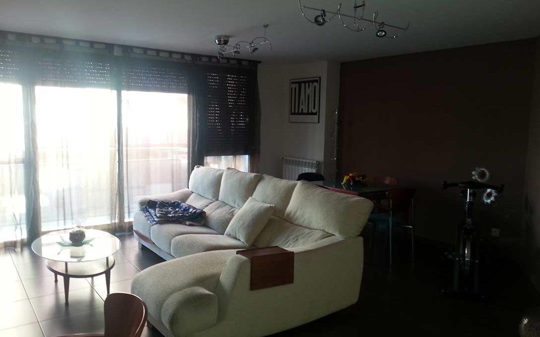 Céntrico piso en santa rosa con trastero y garaje-comedor3