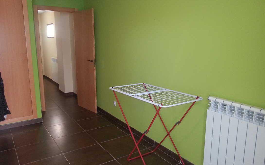 Céntrico piso en santa rosa con trastero y garaje-habitacion
