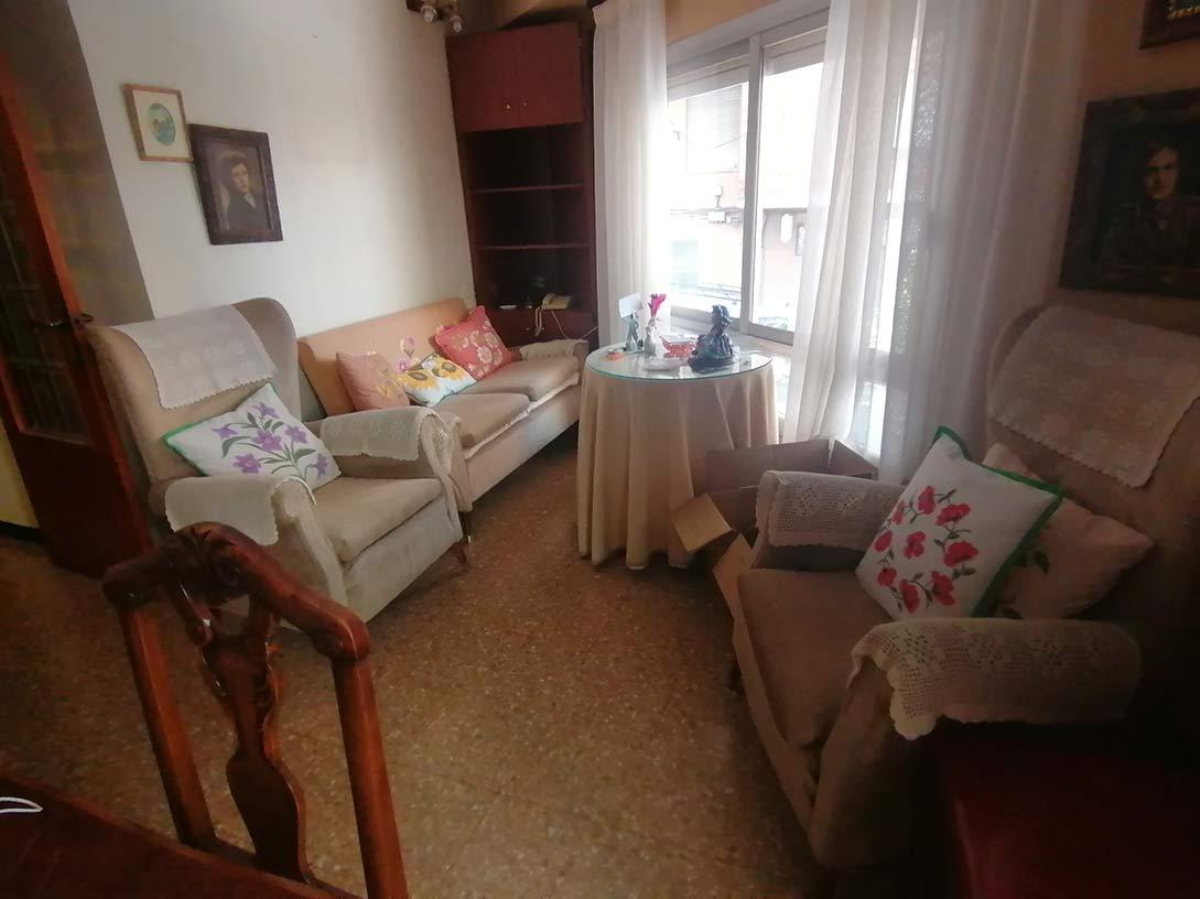 En venta piso clásico con balcón y trastero