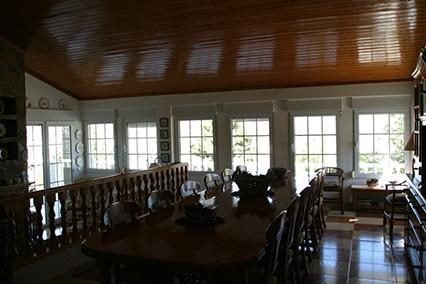 Gran chalet con dos cocinas a la venta en San Rafael-comedor