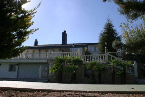 Gran chalet con dos cocinas a la venta en San Rafael-exterior2