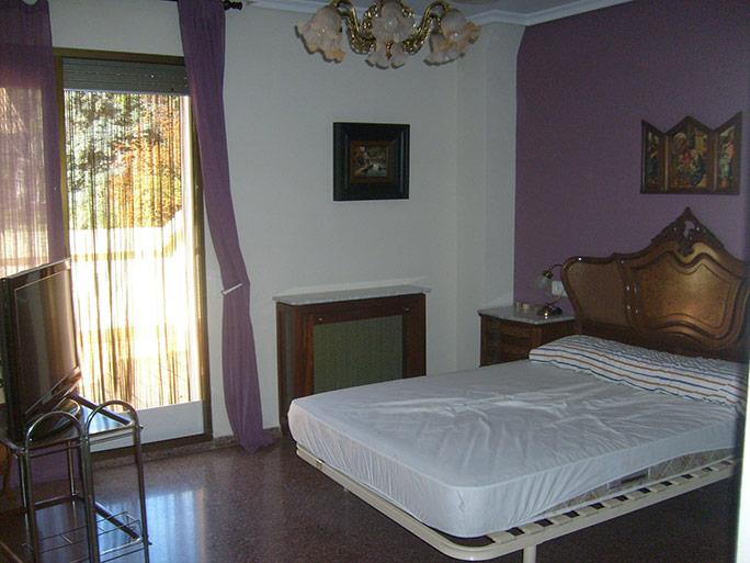 Gran chalet con sala de juegos y piscina-dormitorio
